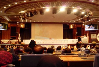 """مدیر عامل گروه بهداشتی فیروز در """"دهمین کنفرانس ملی کیفیت و بهرهوری"""" مورد تقدیر قرار گرفت"""